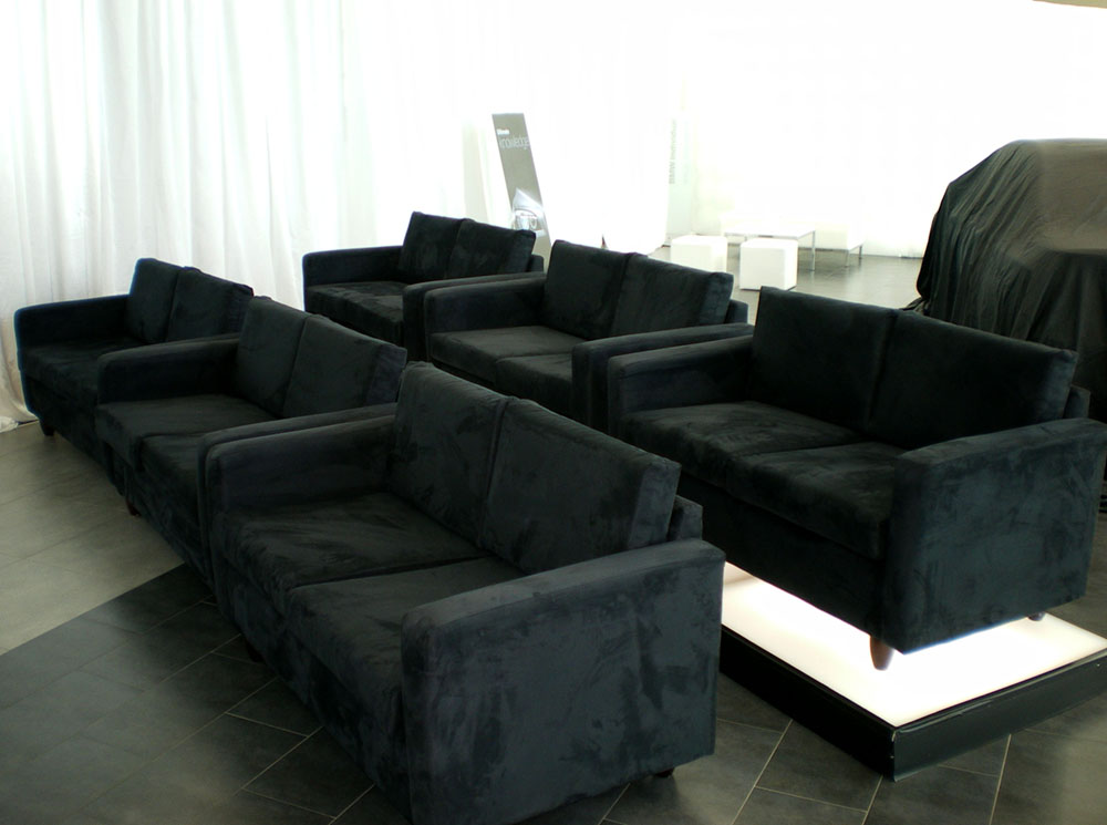 Incredible Group Sofas And Ottomans